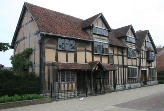 Shakespeare's Birthplace Stratford-upon-Avon - Warwickshire Charity Donations Who to Prioritise